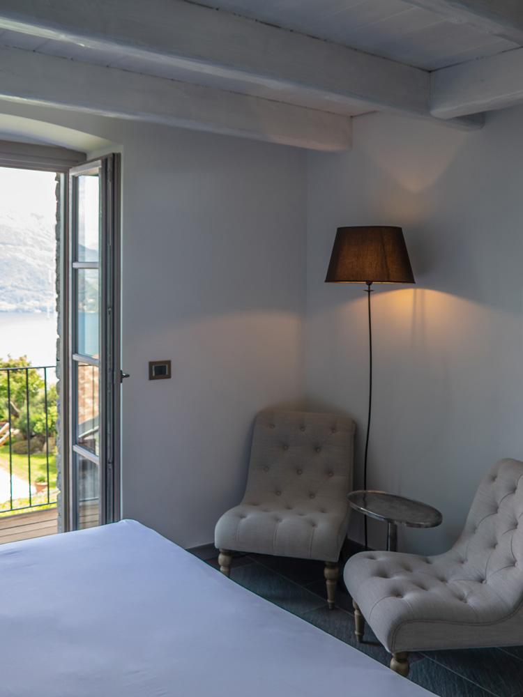 room-superior-balcony-gallery-vert-4